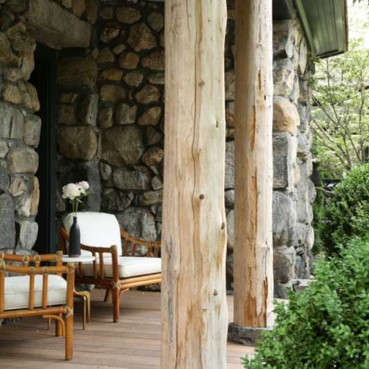 Deck view of a guest house at Valley Rock Inn & Mountain Club