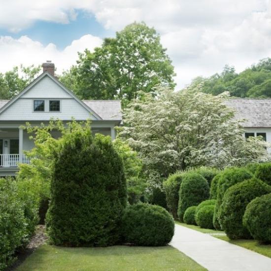 The gardens at Valley Rock Inn & Mountain Club