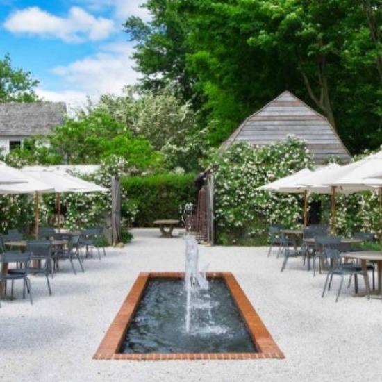 The Rose Garden at Valley Rock Inn & Mountain Club
